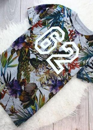 Свободная футболка с тропическим принтом серая хлопок s