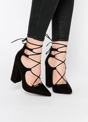 Черные замшевые туфли на среднем устойчивом широком блочном каблуке со шнуровкой босоножки