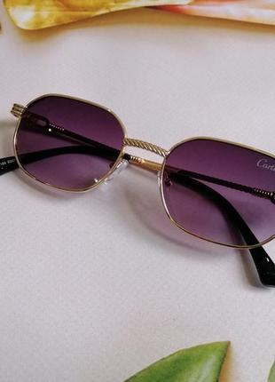 Стильные солнцезащитные женские очки в металлической оправе 20214 фото