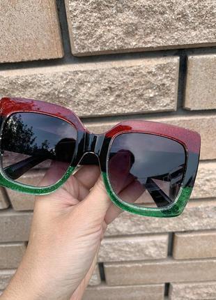 Солнцезащитные очки, розпродаж3 фото