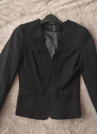 Пиджак черный приталенный h&m
