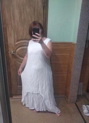 Невагома біла сукня віскоза
