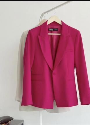 Zara малиновый пиджак блейзер жакет