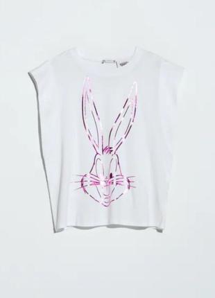 Шикарная футболка bugs banny  by zara