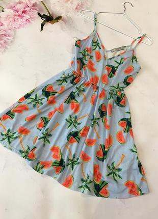 Сочное платье из натуральной ткани