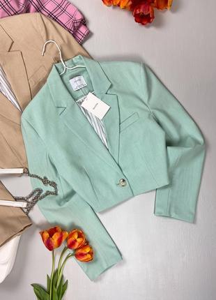 Базовый укороченный пиджак bershka