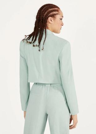 Базовый укороченный пиджак bershka9 фото