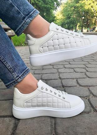 Эксклюзивная коллекция! красивые белые кроссовки с узором