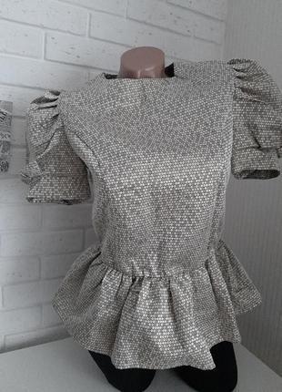 Красивая блузка с рукавом фонарик