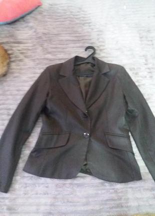 Брендовый итальянский пиджак