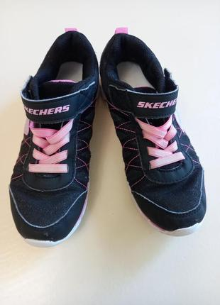 Фирменные подростковые кроссовки для девочки skechers3 фото