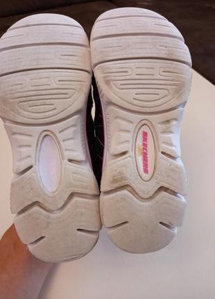 Фирменные подростковые кроссовки для девочки skechers5 фото