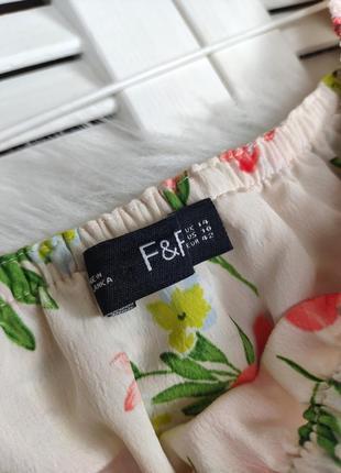 Платье-миди на плечи бежевое в цветочный принт f&f под поясок4 фото
