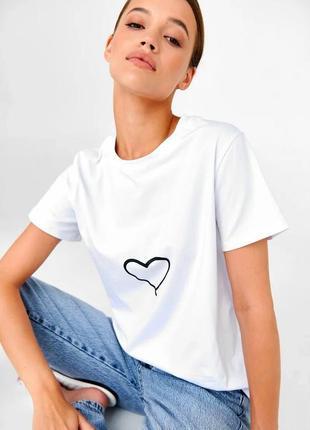 👑 белая футболка с принтом2 фото