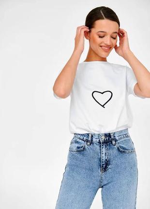 👑 белая футболка с принтом5 фото