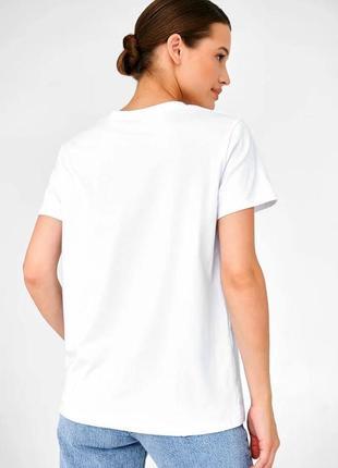 👑 белая футболка с принтом9 фото
