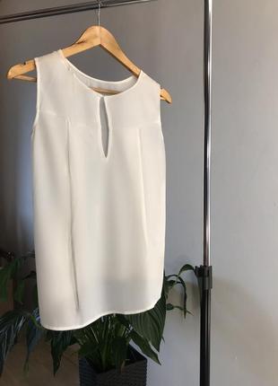 Новая лёгкая летняя блузка стильного фасона