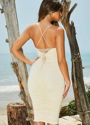 Классное платье миди с красивой спинкой oh polly