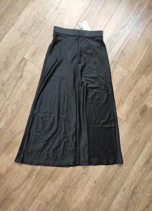 Сатинова юбка zara размер xs
