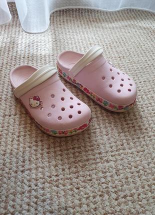 Crocs для девочки, в подарок вьетнамки