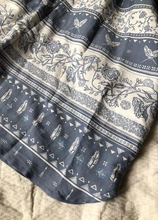 Легкий летний комбинезон с орнаментом серо-голубой с длинным рукавом и карманами2 фото