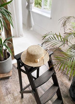 Соломенная шляпа канотье с ленточкой