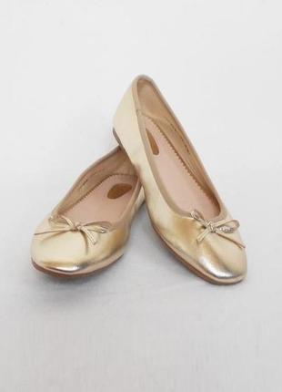 Золотистые нарядные балетки 🌿