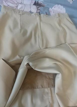 Красивая нюдовая юбка миди c&a6 фото