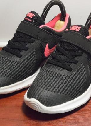 Беговые кроссовки nike revolution 4