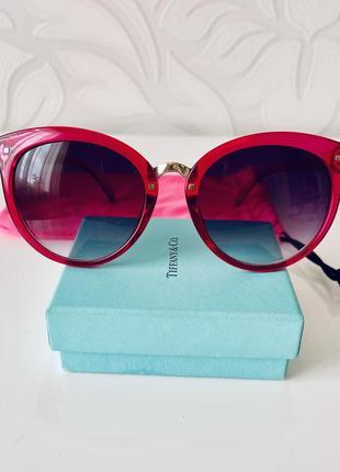 Солнцезащитные очки nys в яркой малиновой  оправе