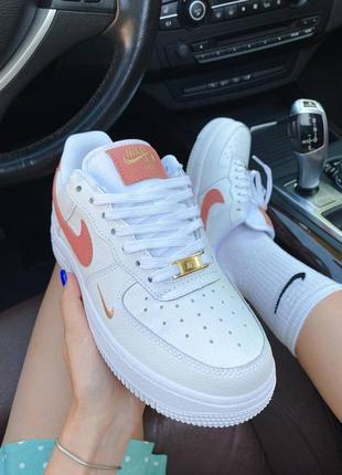 ❤ женские белые кожаные кроссовки  nike air force 1 mini swoosh  ❤2 фото