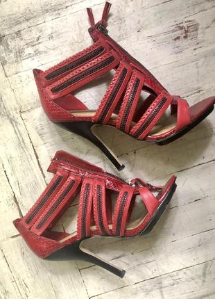 Туфли. босоножки на каблуке. бардо. ботильоны.