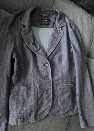 Пиджак джинсового цвета