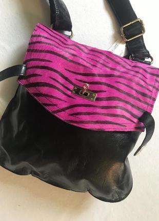 Крутая кожаная сумка бренда sienna de luca. италия