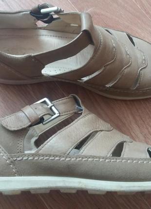 Летние туфли.р.39.кожа.бренд.