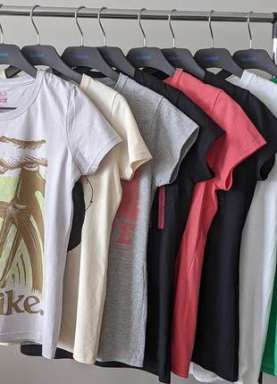Набір, комплект жіночих футболок, 100% котон. gildan