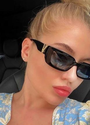 Очки окуляри винтажные стильные в стиле 90-х трендовые черные солнцезащитные новые uv400