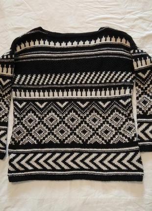 Классный свитер джемпер с шерстью