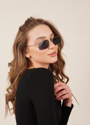 Очки окуляри стильные в стиле 90-х трендовые черные солнцезащитные новые uv4001 фото