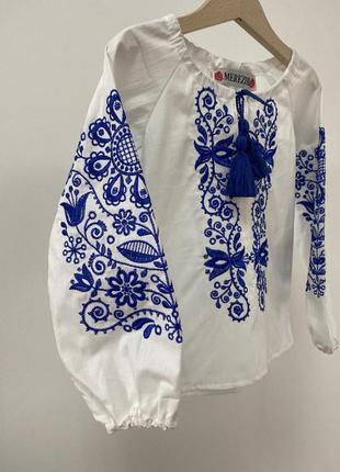 Новинка! блузка вышиванка с синей вышивкой 100% хлопок