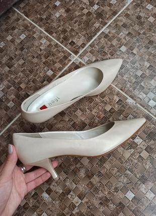 Кожаные туфли hogl 26см стелька