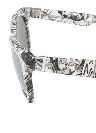 Новые солнцезащитные очки alexander mcqueen чёрно-белые принт манга5 фото