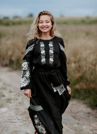 Вышиванка в стиле бохо. льняное вышитое платье . вишита сукня в стилі бохо ( колір в асортименті)