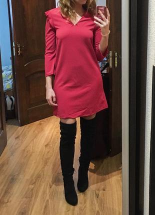 Новое платье mango цвет фуксия, xs