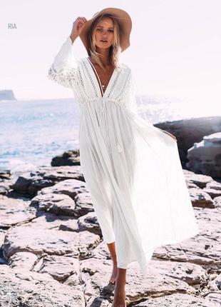 Туника с кружевом миди длинная лёгкая пляжное платье приталенная с вырезом с поясом кружевом приталенная с длинными рукавами