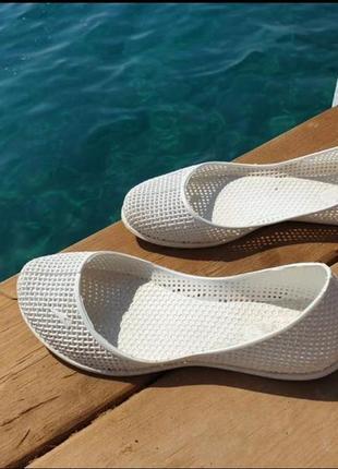 Мыльницы, пляжная обувь, коралки, силиконовые балеткм