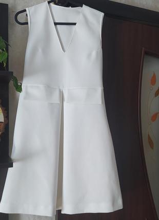 Красивое нарядное платье zara шампань