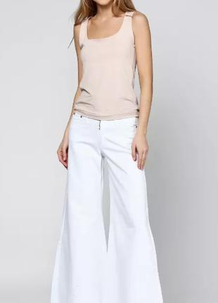 Белые брюки тонкий джинс
