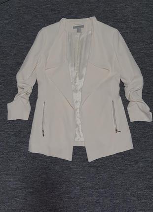 Кремовый пиджак h&m