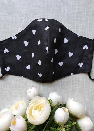 Женская черная маска с сердечками 🖤